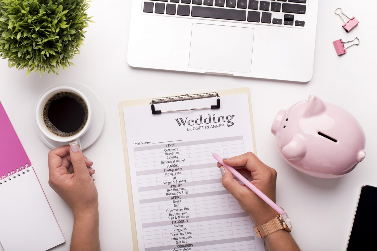 Planning budget before wedding writing ideas on paper